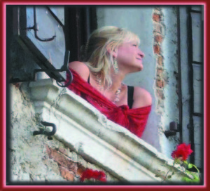 castle-window-square-300-cmyk